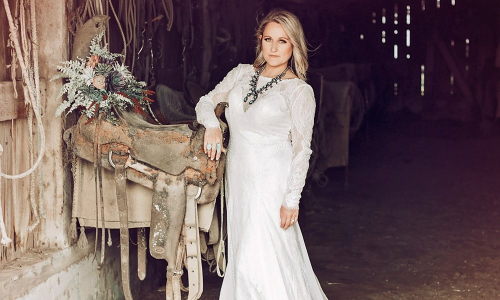 Beauty Details Rustic Cowgirl Wedding Cowgirl Magazine