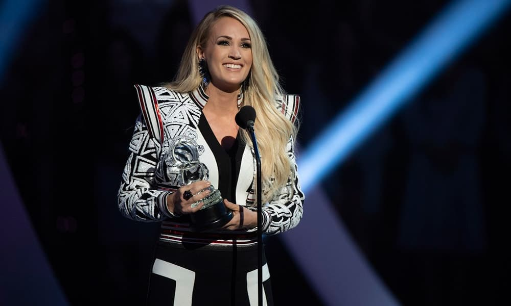 Carrie Underwood Powerful Performance Champion Cowgirl Magazine