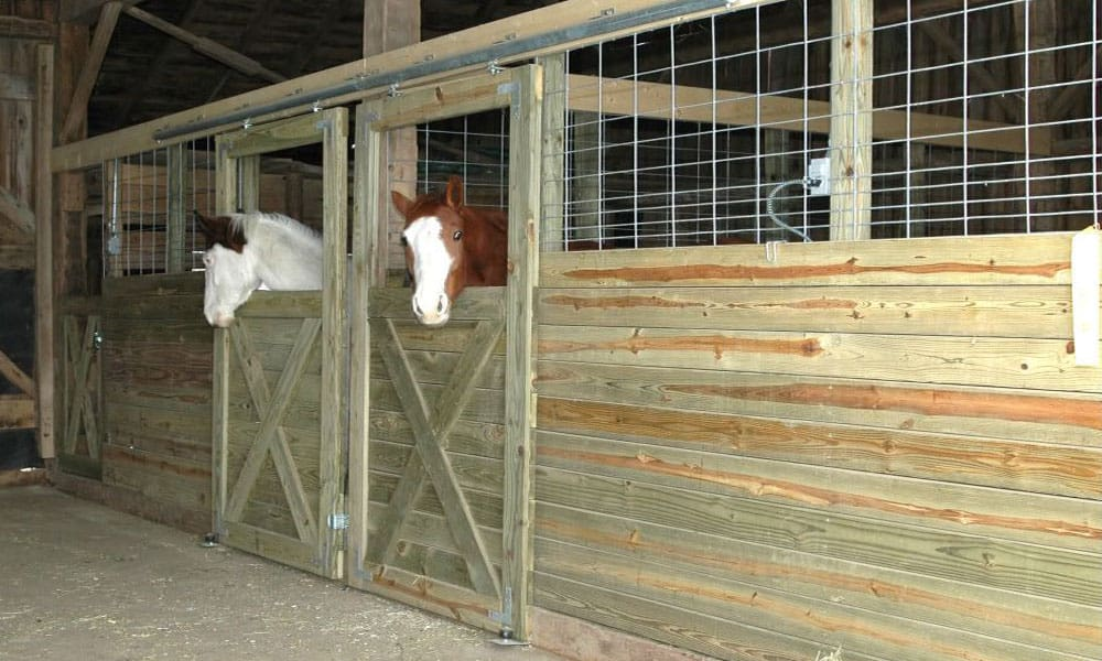 You Ll Want To Pull Out Your Hammer For These Diy Horse