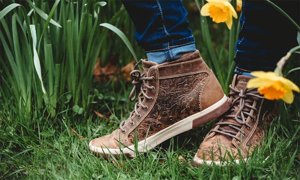 durango boots music city embossed high top sneaker