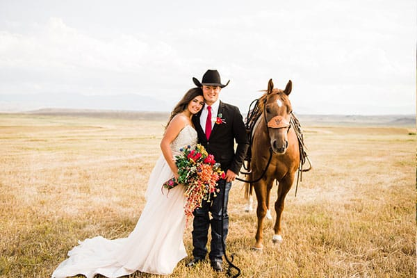 Wolfe wedding hattie Kason cowgirl chicks all american cowgirl chicks cowgirl magazine