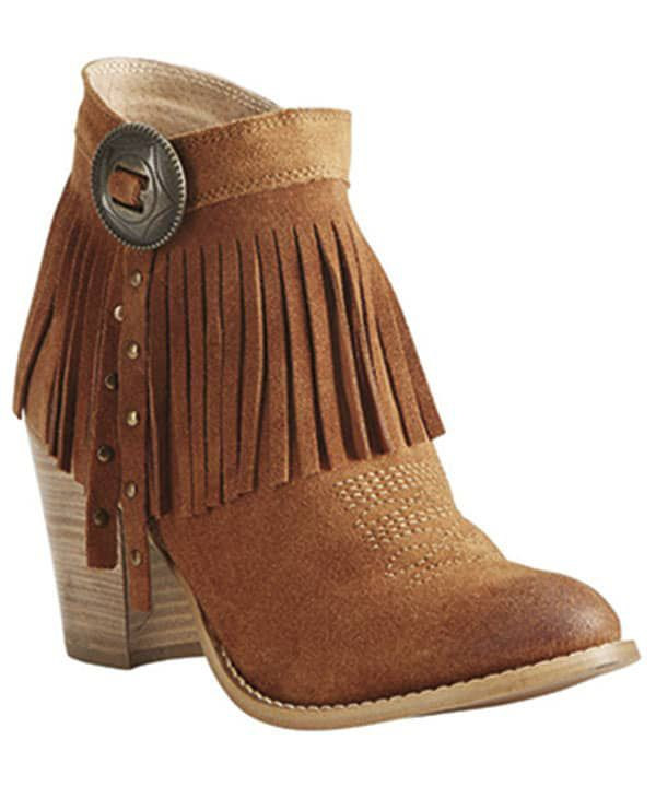 fall fashion trends booties cowgirl magazine