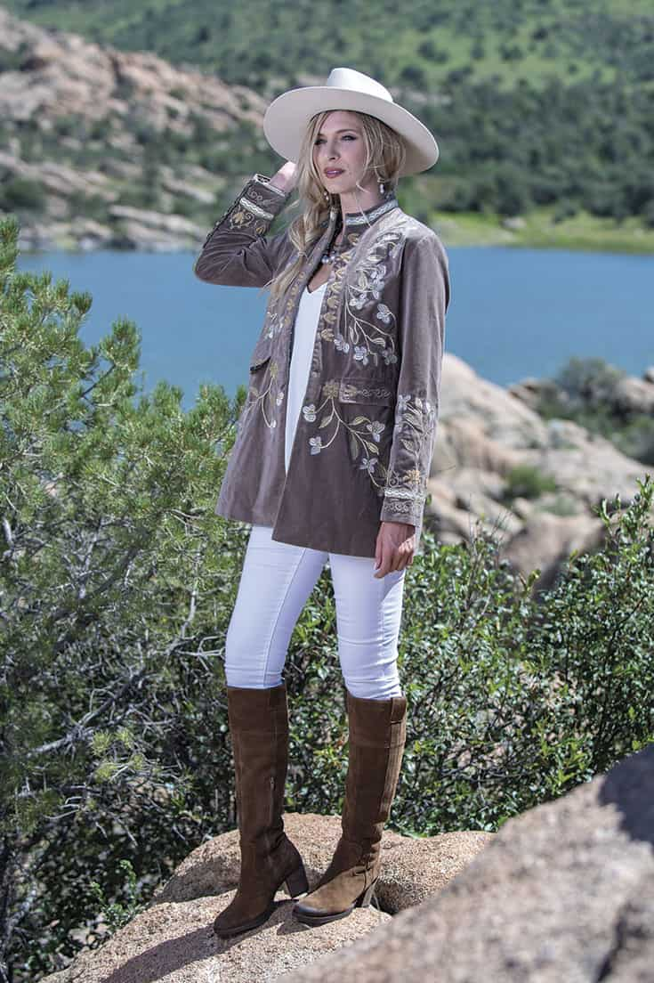 fall fashion winter fashion granite dells cowgirl magazine