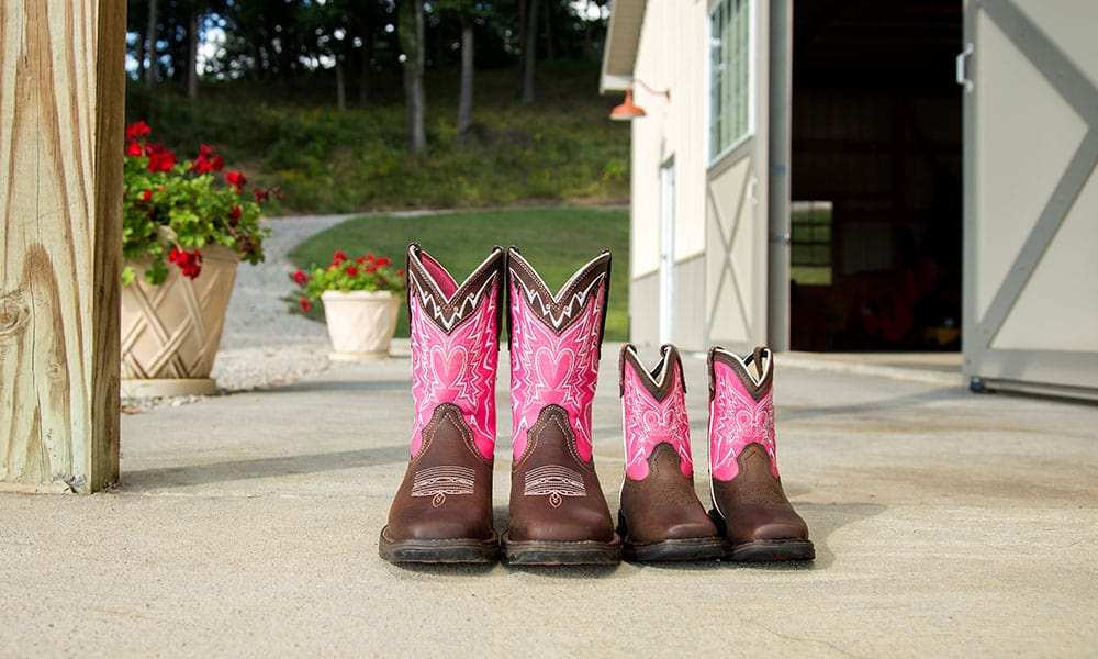 durango pink ribbon boots