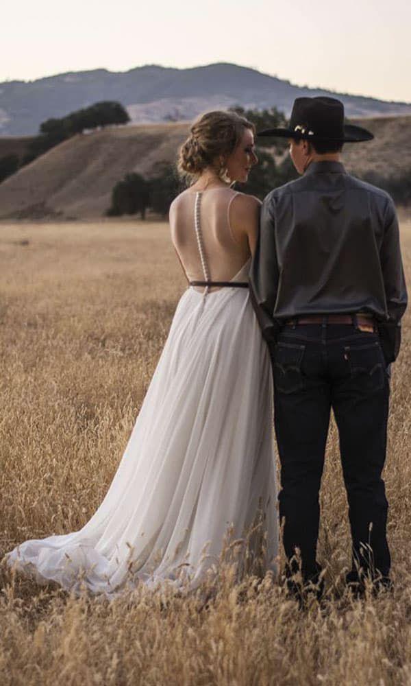 cowgirl in love beautiful brides cowgirl magazine