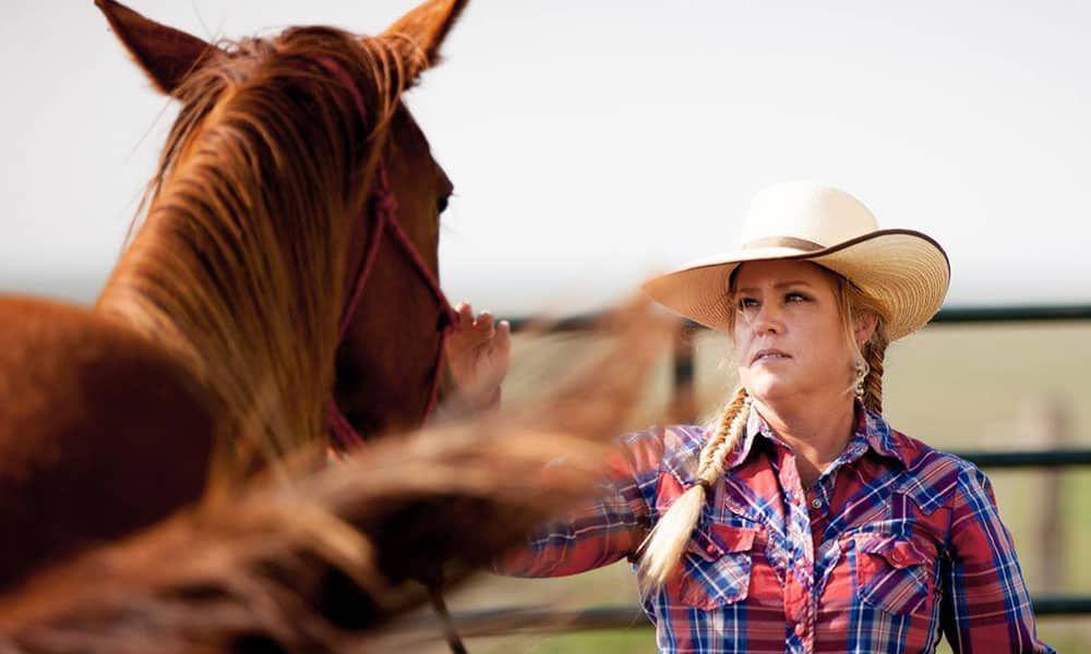 Jenn Zeller The South Dakota Cowgirl Magazine