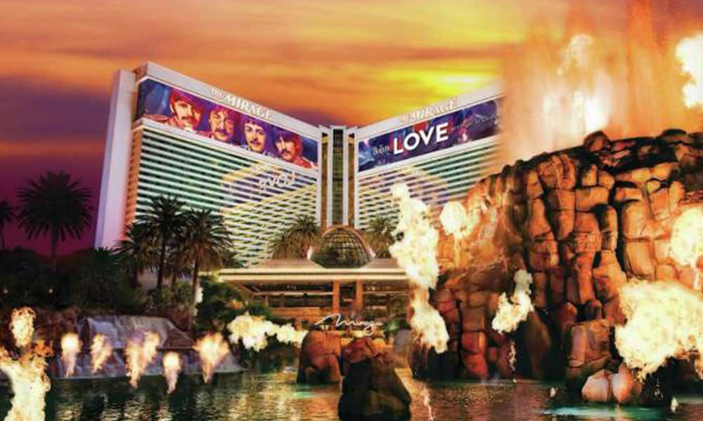 hotel hotels Las Vegas cowgirl magazine Mandalay Bay