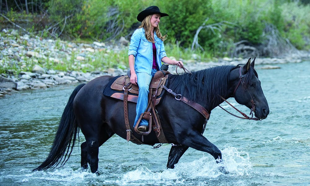 amber marshall horse heartland river cowgirl magazine
