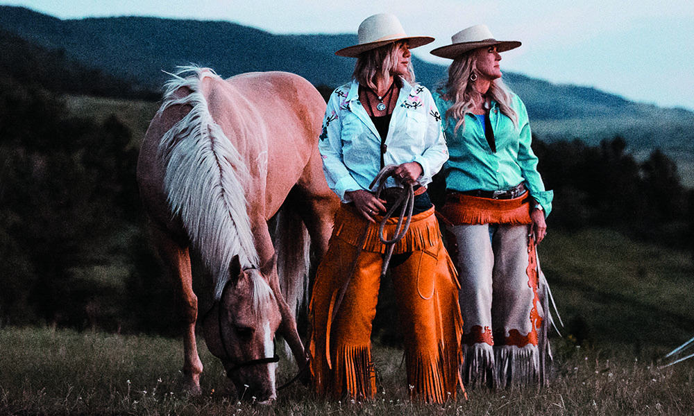 girls horse riding montana cowgirl magazine