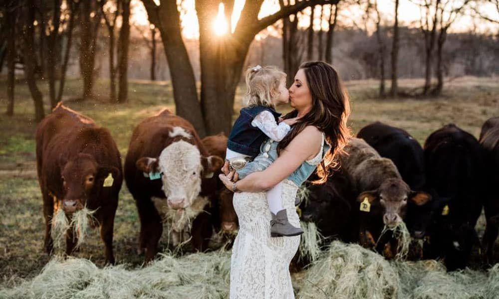 Shea Fisher Durfey Maternity Photos Cowgirl Magazine