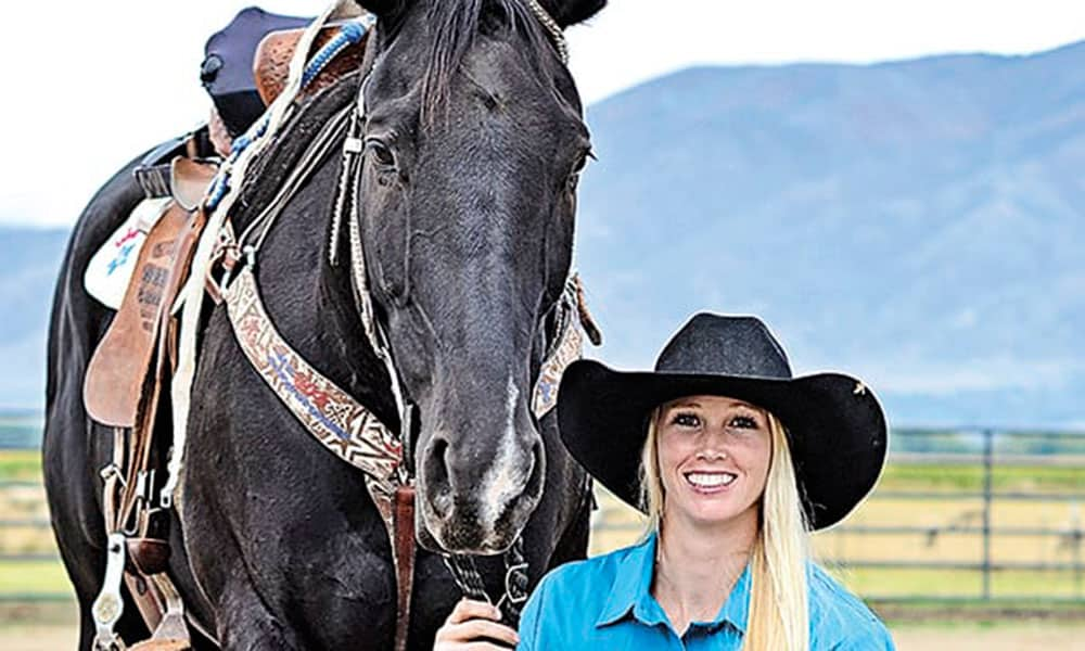 Amberley Snyder Walk Ride Rodeo Netflix Cowgirl Magazine