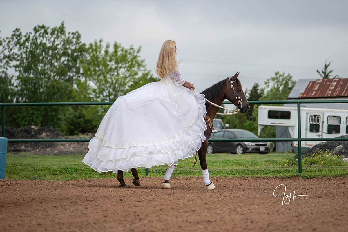 This Bride Is Running Barrels In Her Mom's Wedding Dress bridal running barrels cowgirl magazine