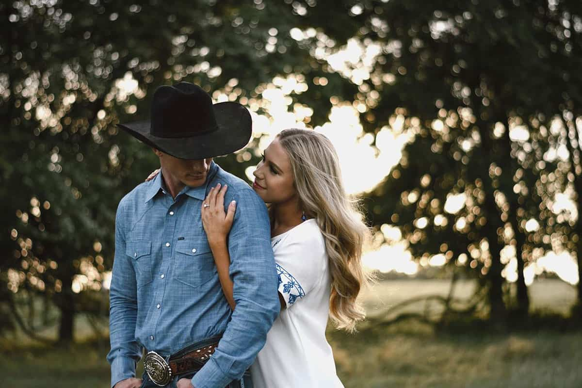 former miss rodeo texas tianti Carter professional bull rider Jeff askey new title married cowgirl magazine