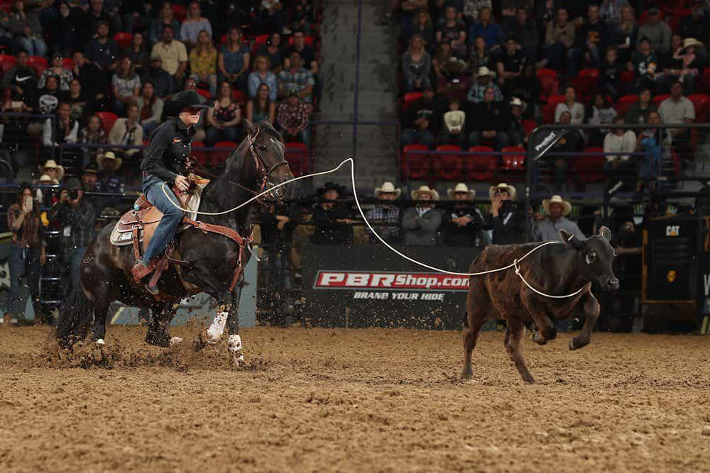 makayla boisjoli breakaway roping titletown stampede cowgirl magazine