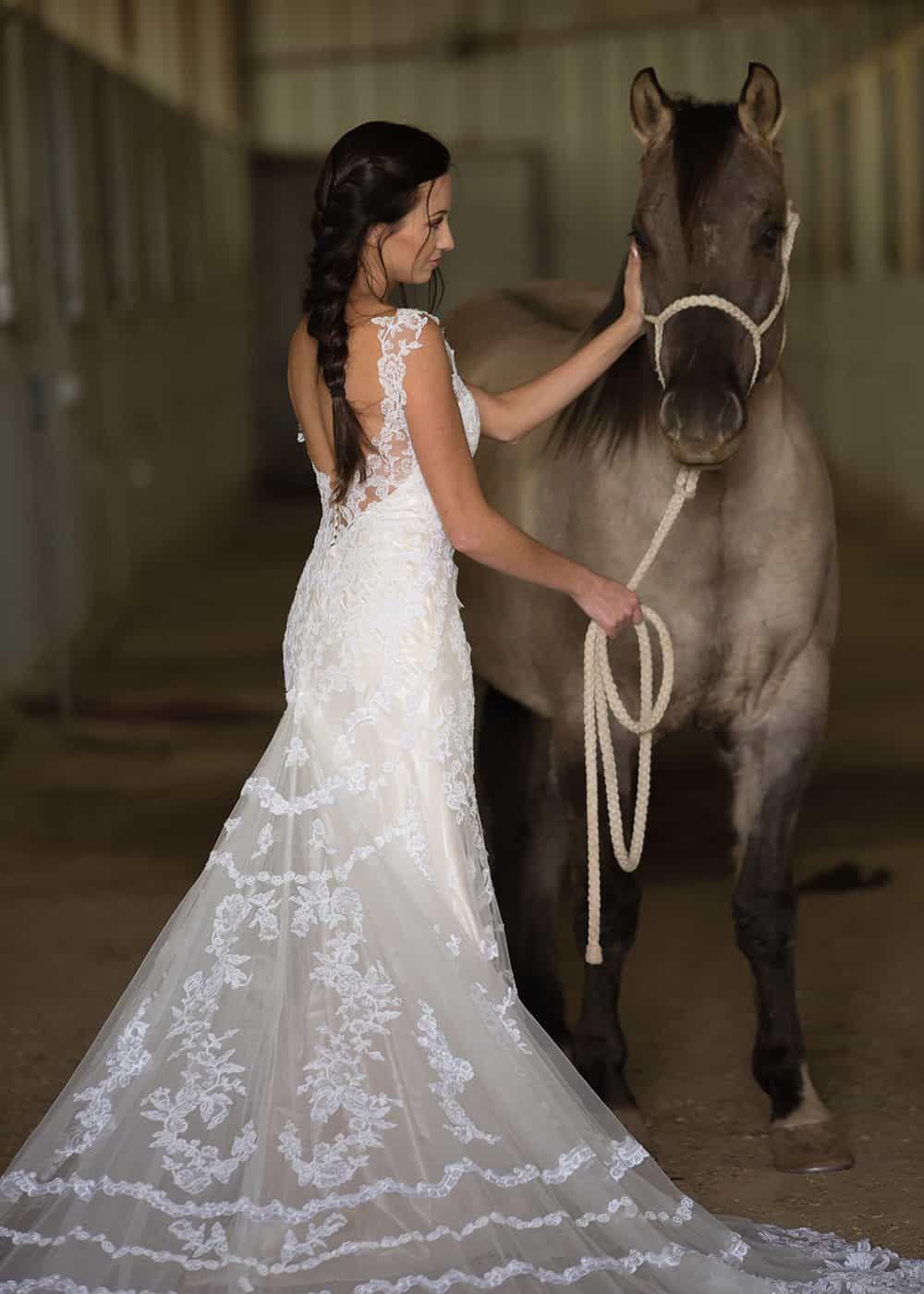 horse and bride wedding poses dunlap photography cowgirl magazine