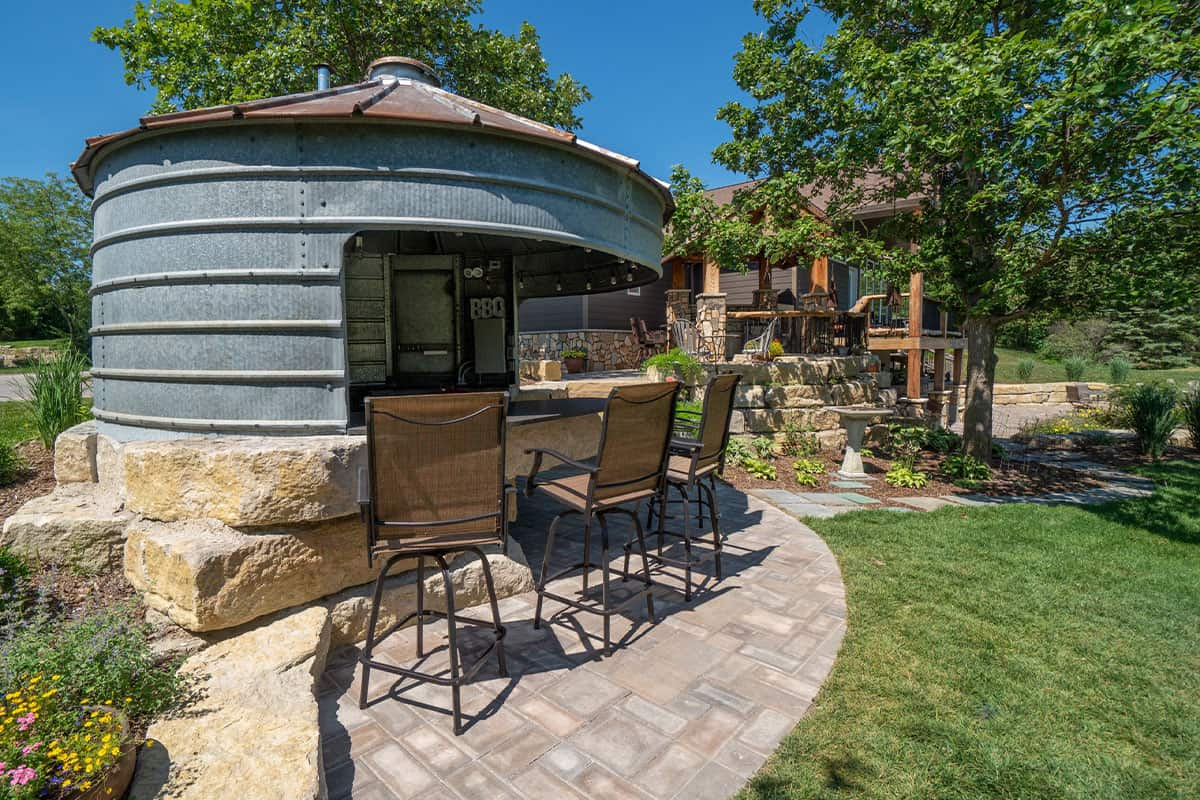 dreamscapes inc silo outdoor kitchen patio backyard cowgirl magazine