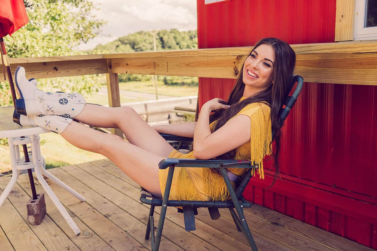 jenny tolman country music women cowgirl magazine