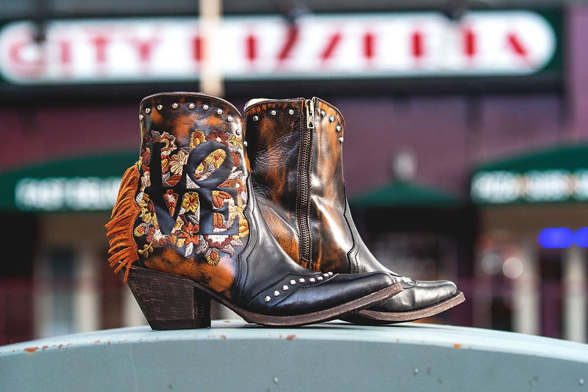 loving boot old gringo fall cowgirl magazine