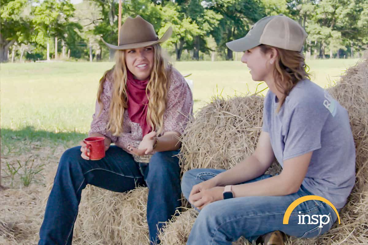 j storme jannise and tara powers on hay cowgirl magazine
