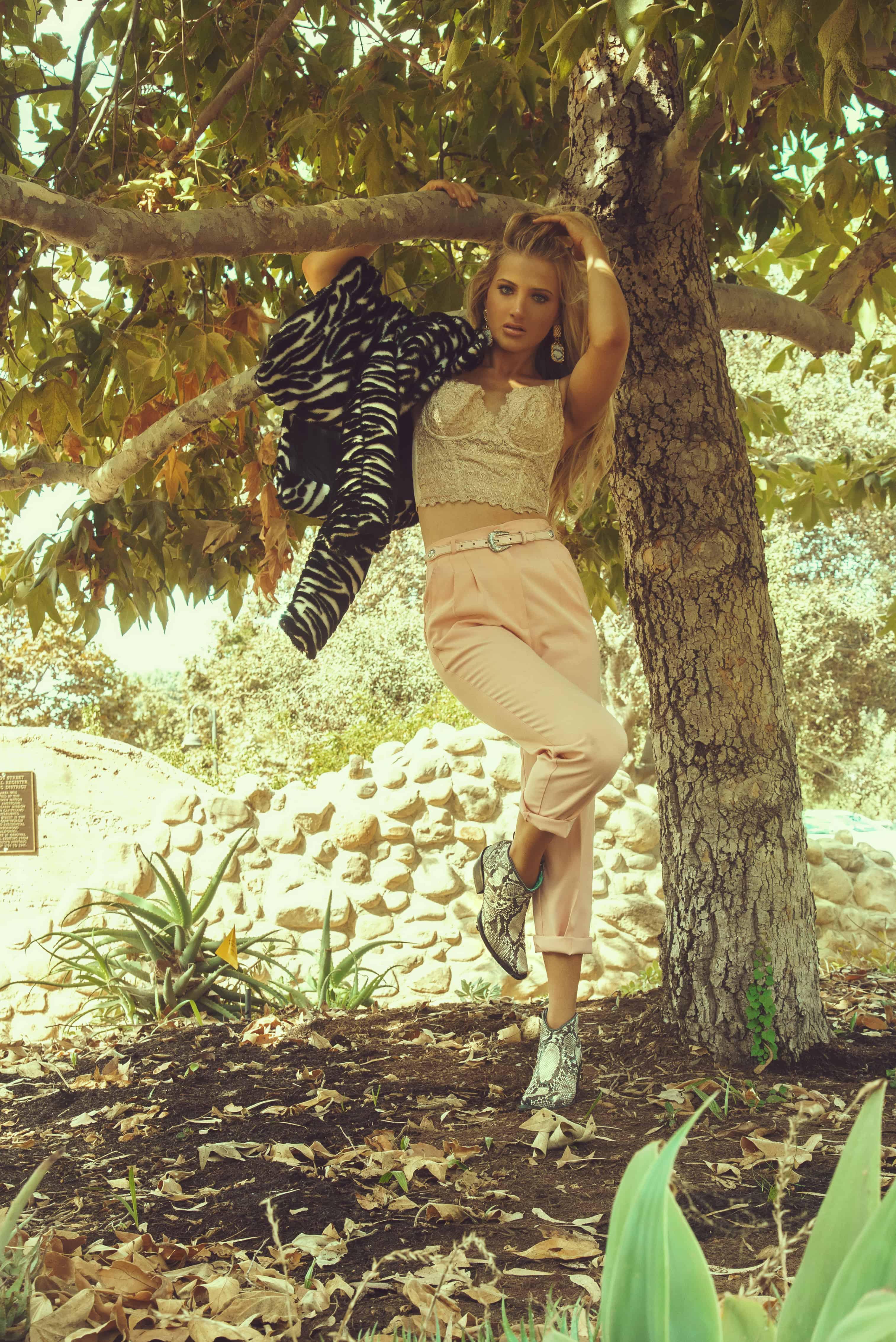 corral fashion shoot cowgirl magazine