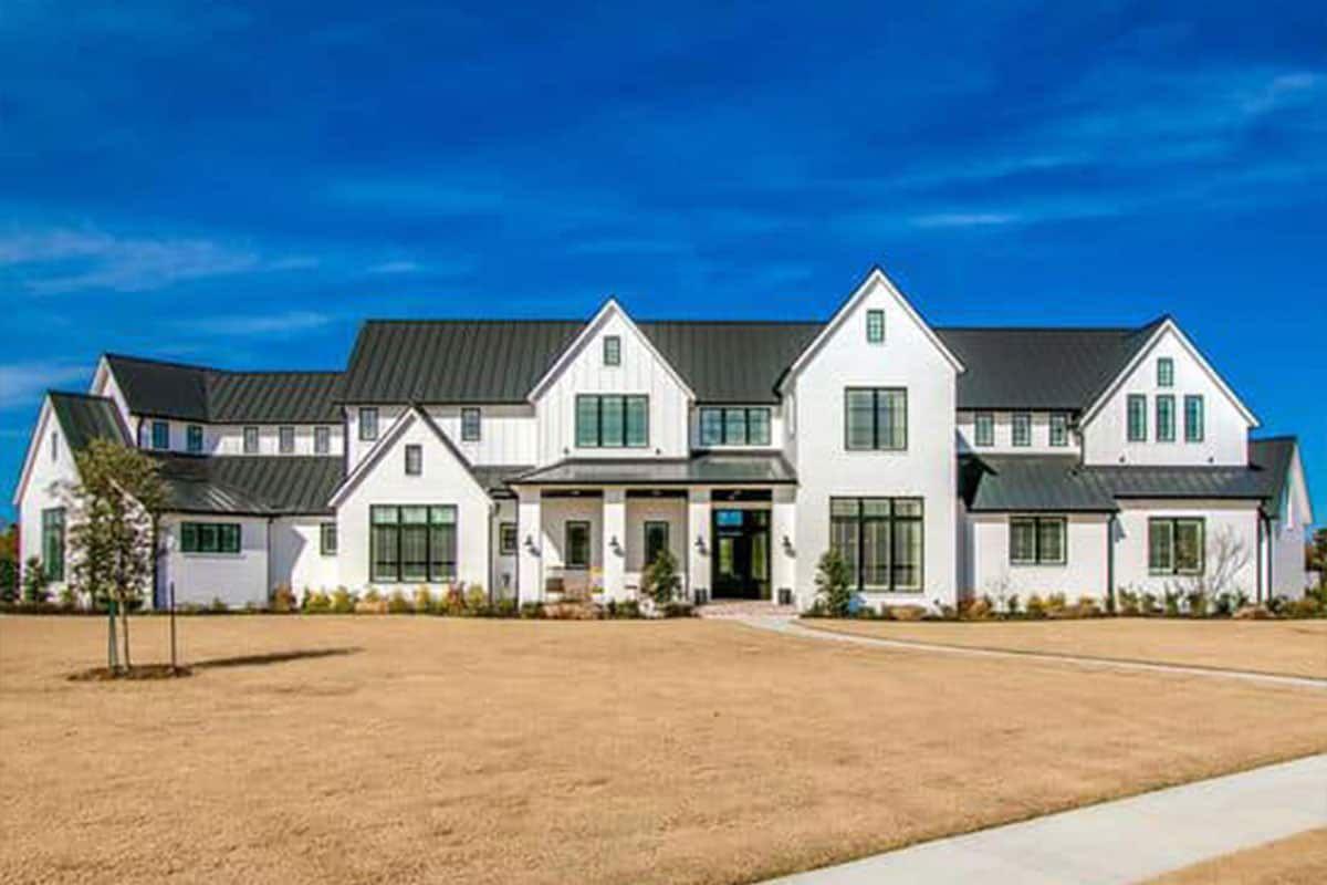homes by bowen farmhouse mansion cowgirl magazine