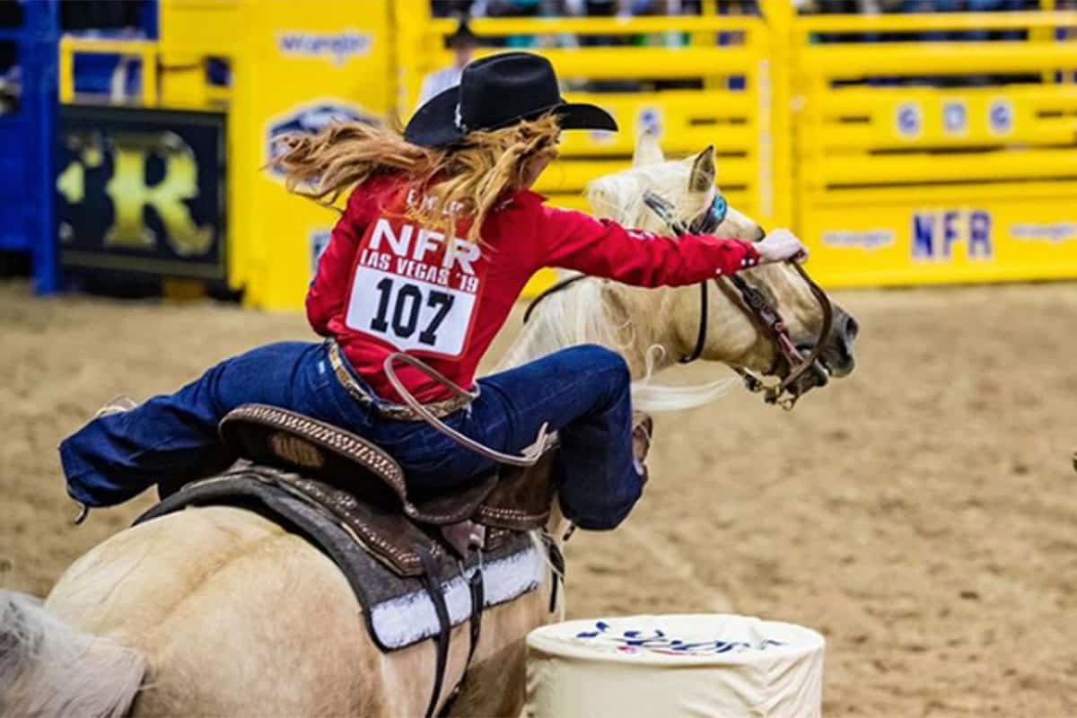emily miller mallory beinborn barrel racing cowgirl magazine