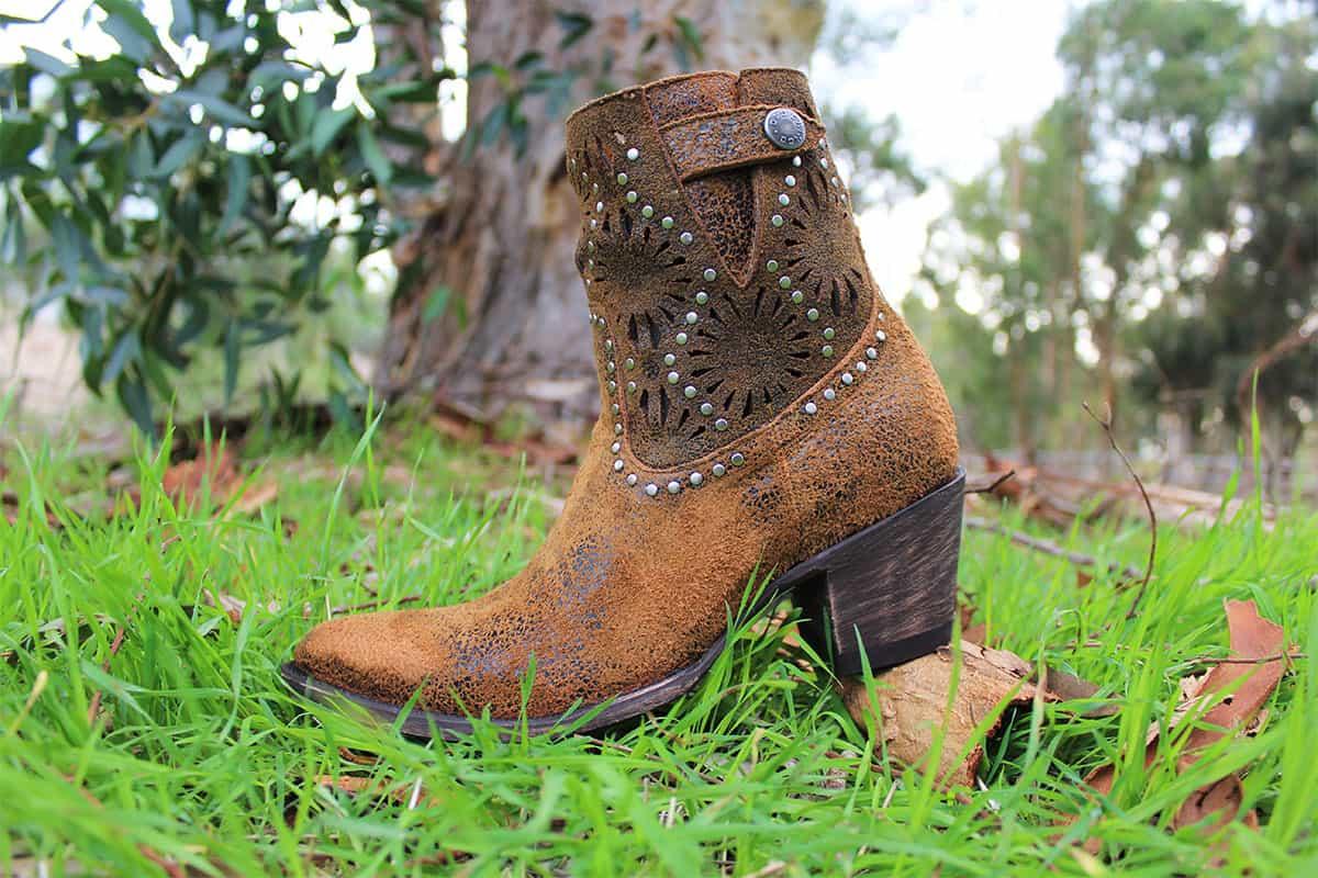 raevyn boot cowgirl magazine