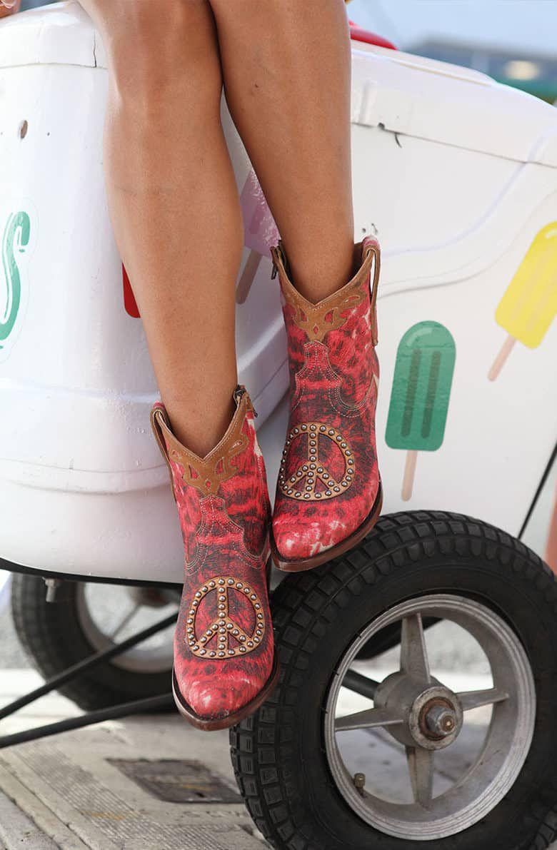peyote boot cowgirl magazine