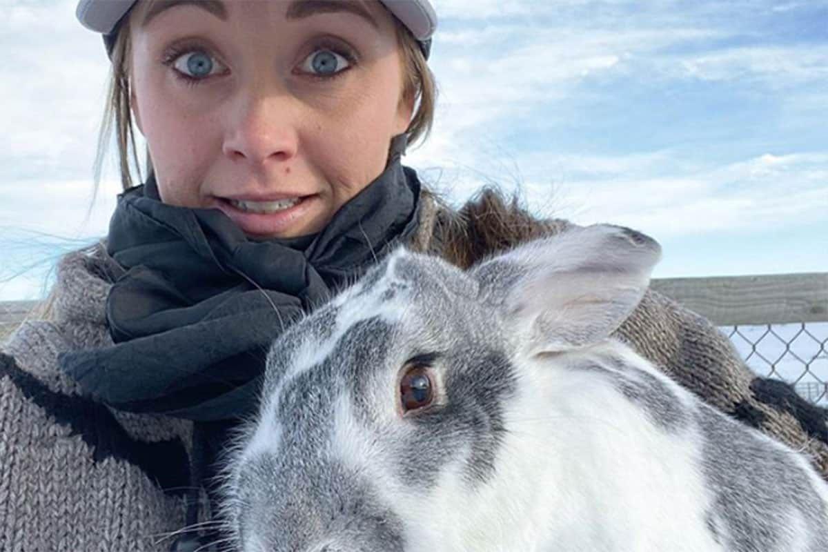 Amber Marshall's animals cowgirl magazine