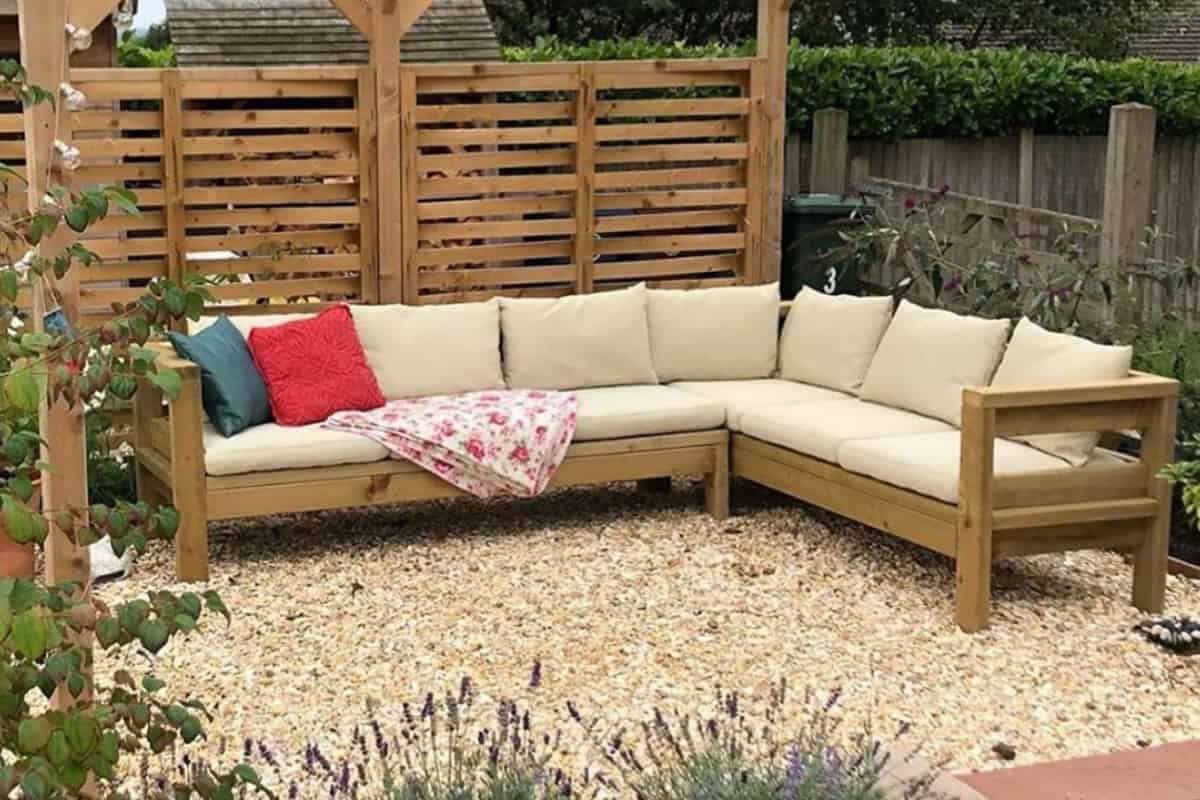 Image of: Ana White S Diy Outdoor Sectional