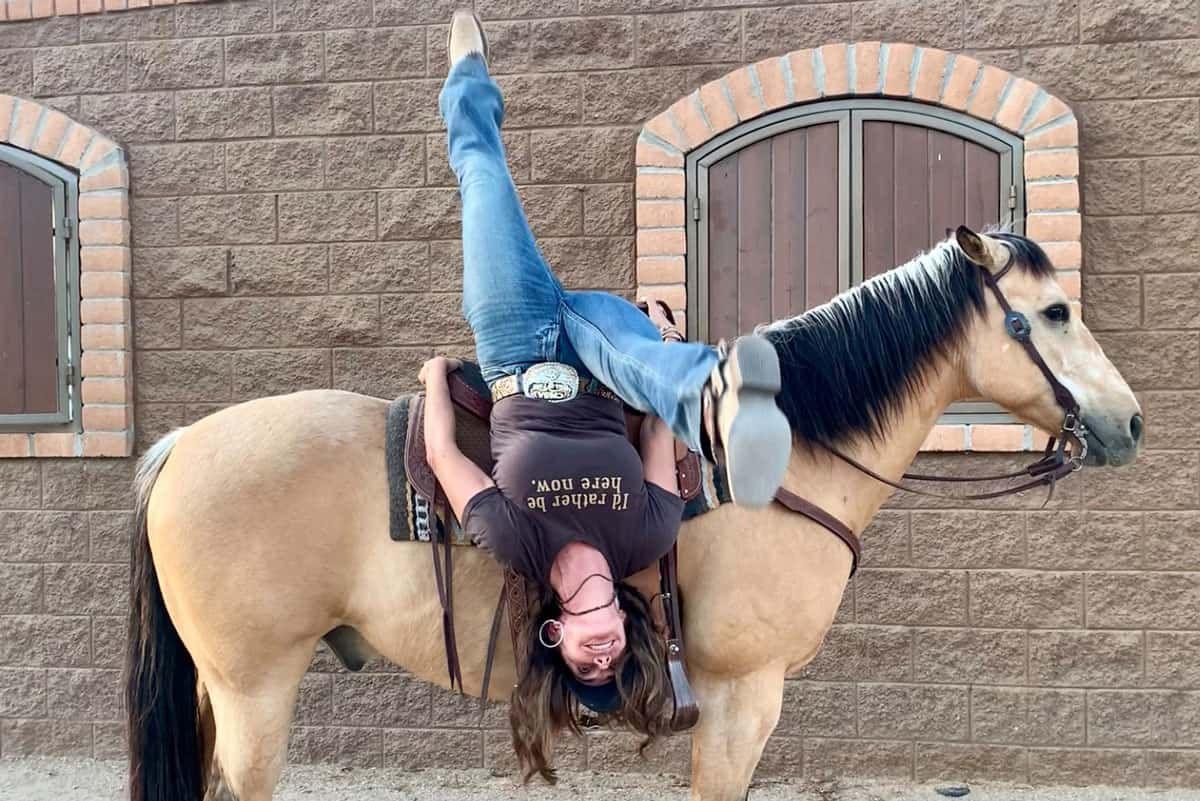 outlaw annie cowgirl magazine