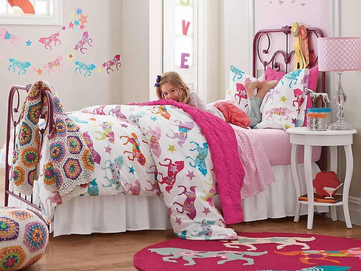 Bedroom horse