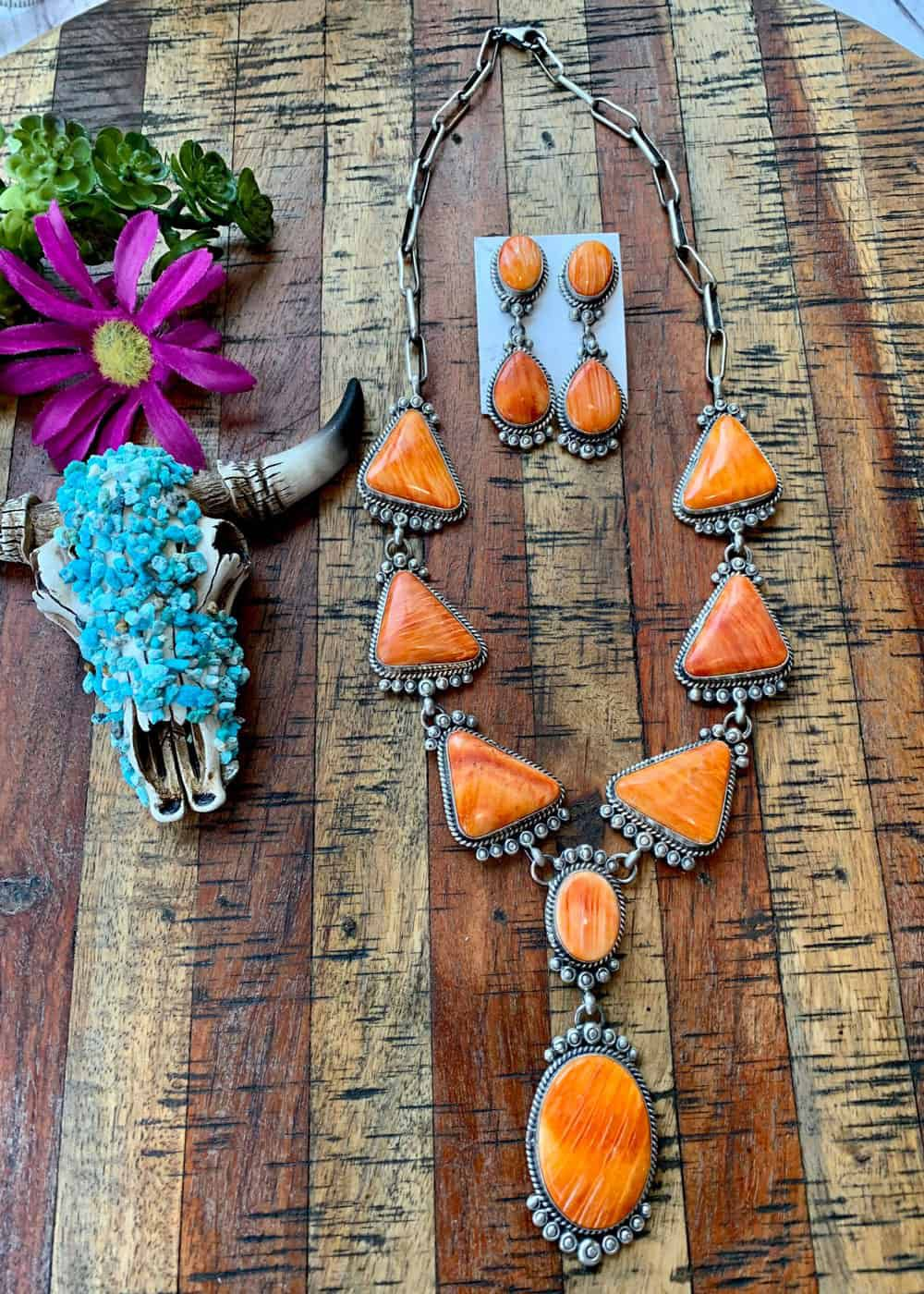spiny oyster lariat necklace Cowgirl Magazine