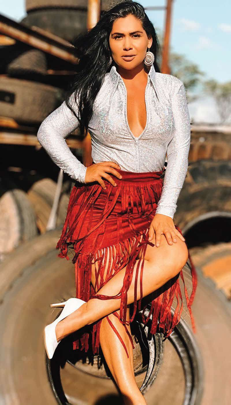 show on the road cowgirl magazine