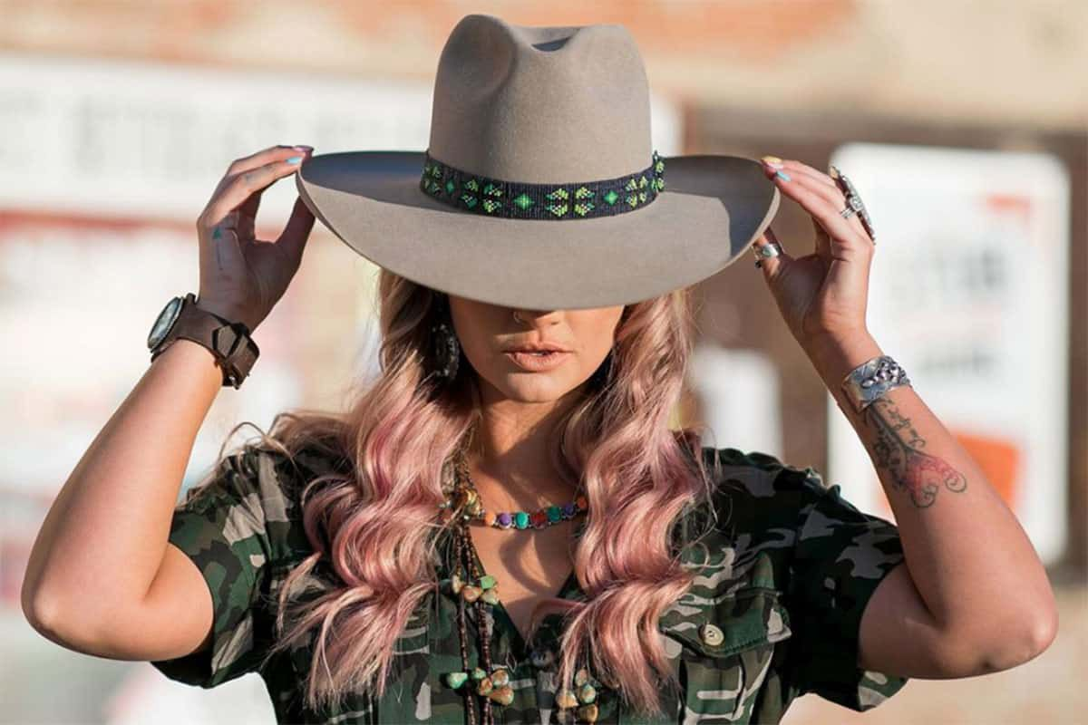 brick and mortar aces arrow cowgirl magazine