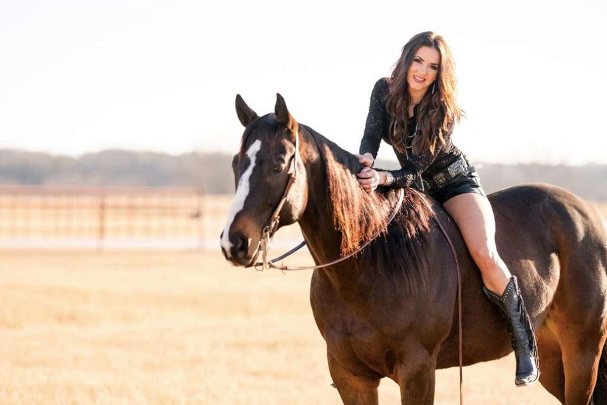shea fisher cowgirl magazine