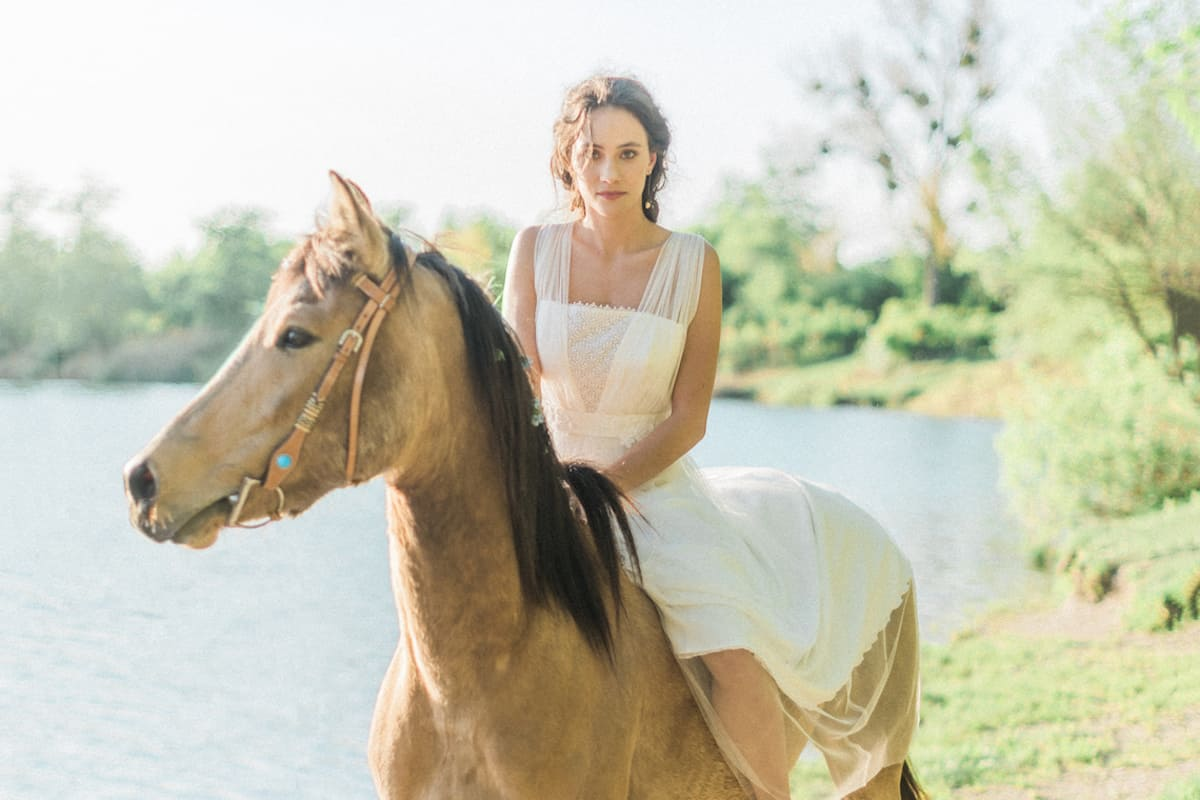 horse wedding cowgirl magazine