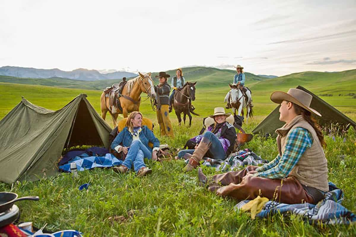 horse travel cowgirl magazine