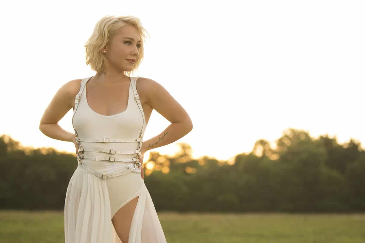 raelynn music on mondays cowgirl magazine