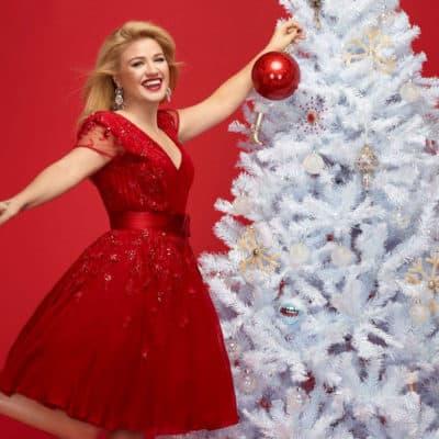 kelly clarkson christmas album cowgirl magazine