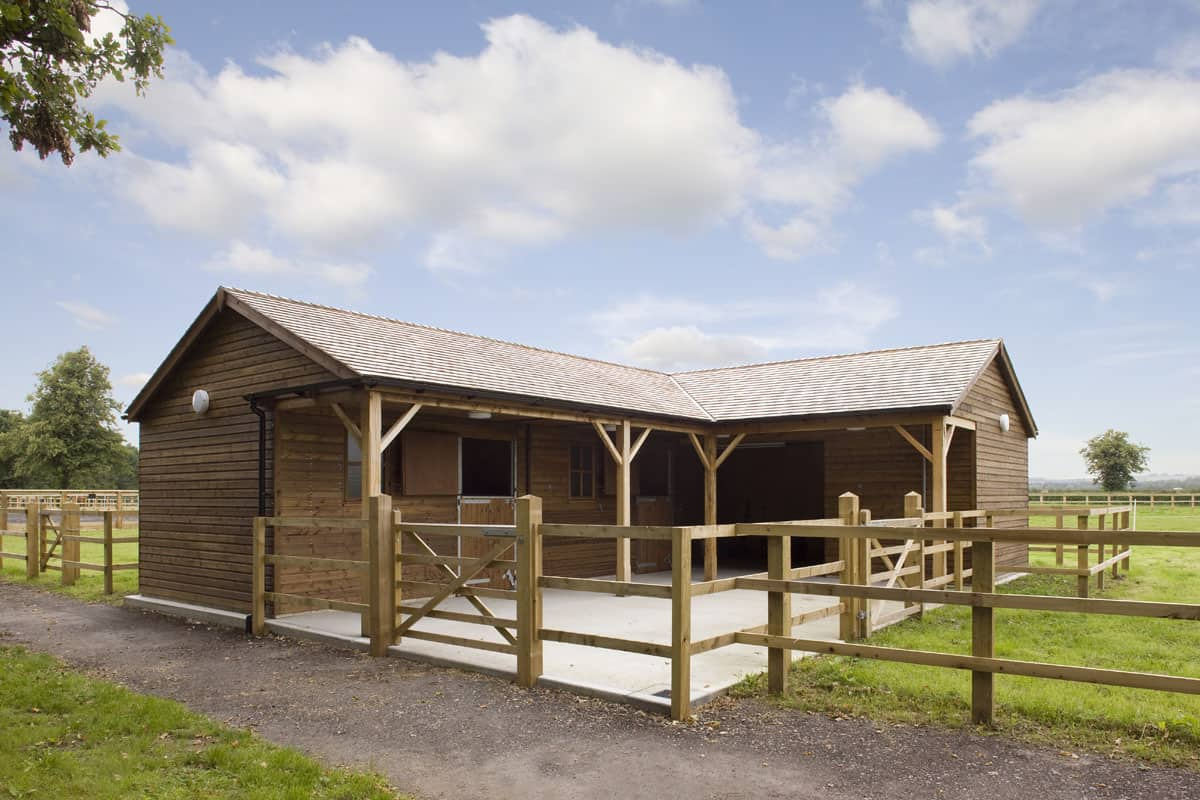 Small Horse Barns With 2 Stalls Cowgirl Magazine