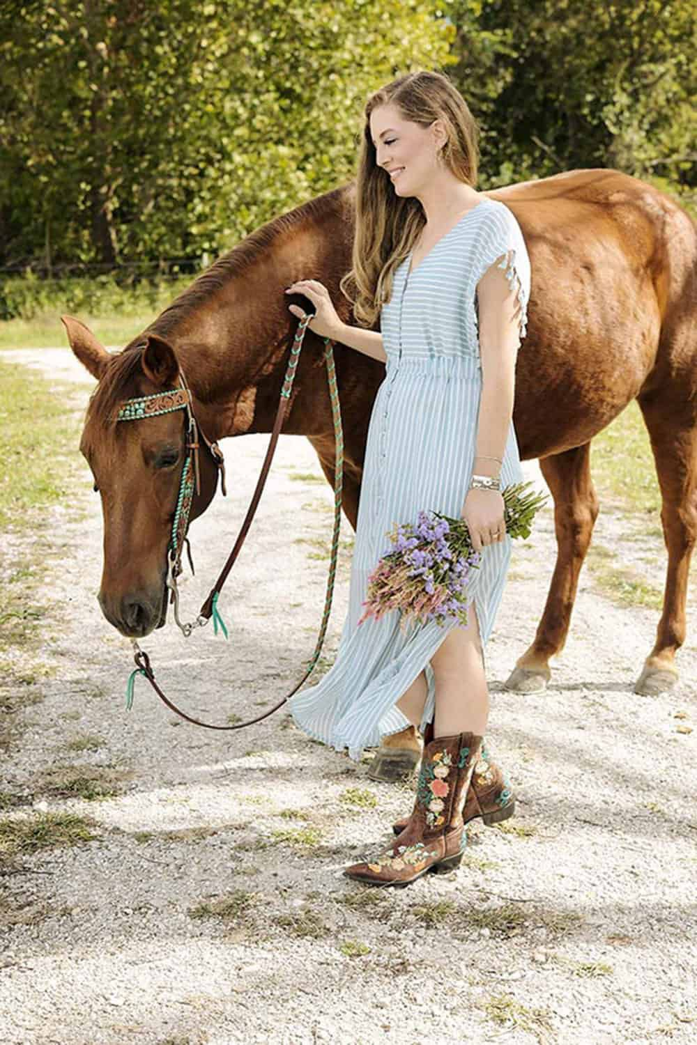 emily gettle with horse cowgirl magazine