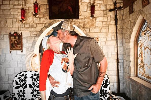 Blake Shelton Gwen Stefani engaged
