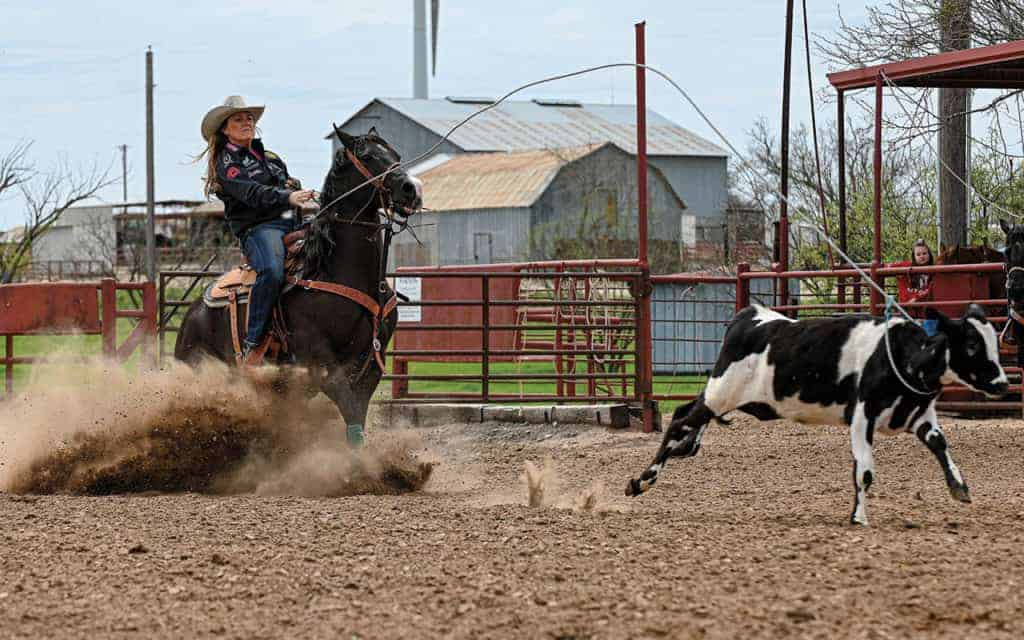 lari dee guy breakaway roper cowgirl magazine