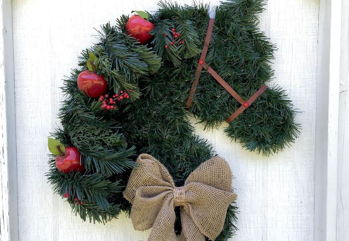 horse wreath cowgirl magazine
