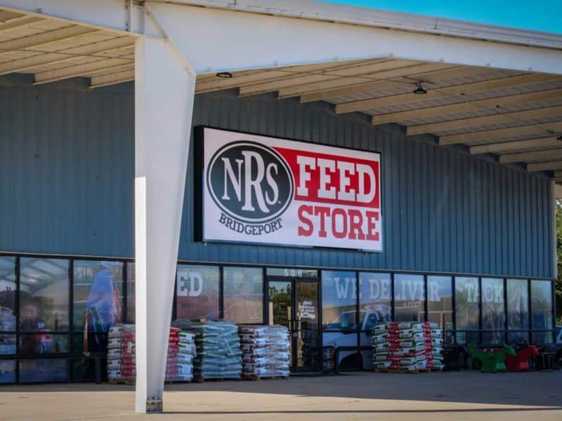 nrs expanding Bridgeport national roper's supply cowgirl magazine