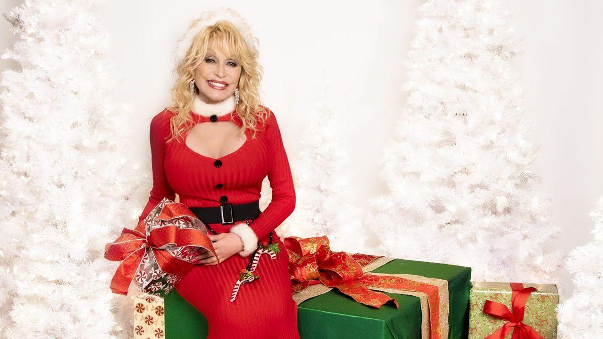 Dolly Parton Christmas cowgirl magazine
