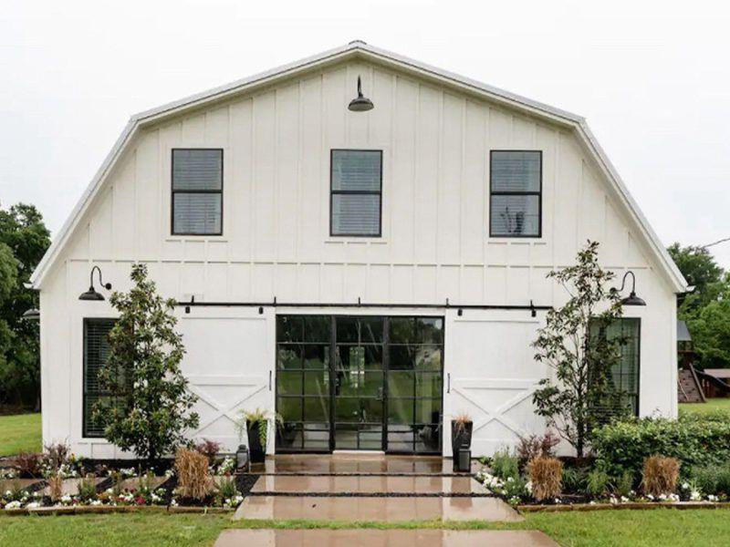 fixer upper barndo airbnb cowgirl magazine