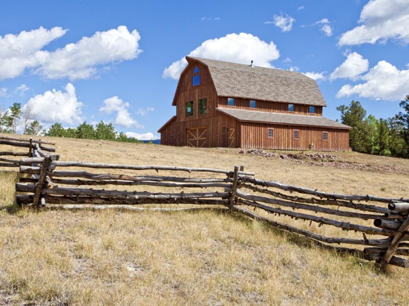 barn rustic charm cowgirl magazine