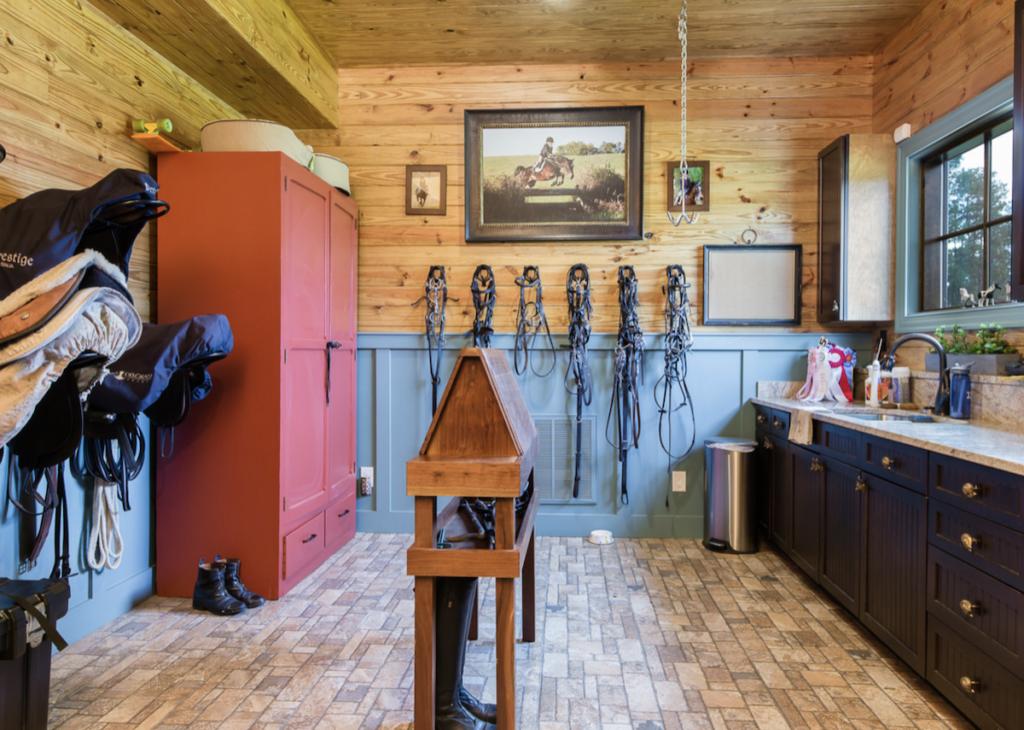 saddles cowgirl magazine